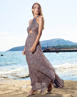 Maxi Leopard Chiffon Dresss  Summer Collection 2020 Find our collection here👇 https://www.espoir.gr/ . . . . . #summerdress #summervibes #espoircollection #leoparddress #maxidress#designerbrand #greekfashion #fashioninspiration
